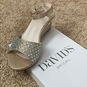 Girls David's Bridal occasion shoes size 2